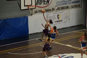 Mini B Fem. vs. U.B. Llefià